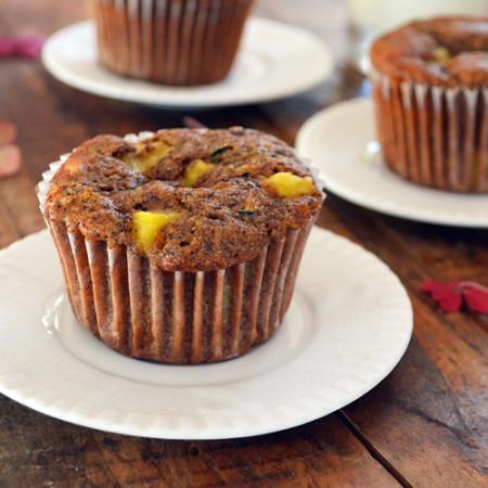 Muffins au Sarrasin, Ananas, Courgettes et Amandes