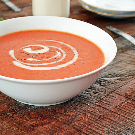 Crème de Tomates et de Fenouil à l'Ail Confit