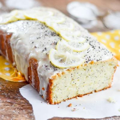 Pain au Citron, Yogourt et Graines de Pavot